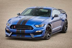 2017 Mustang Shelby GT350: First Pics of New Colors Are Mind-Blowing - autoevolution