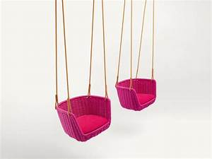 Fauteuil Suspendu Jardin : fauteuil suspendu de jardin adagio by paola lenti design ~ Dode.kayakingforconservation.com Idées de Décoration