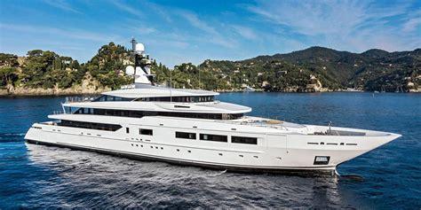 luxury yacht charter yachts  sale  yachts