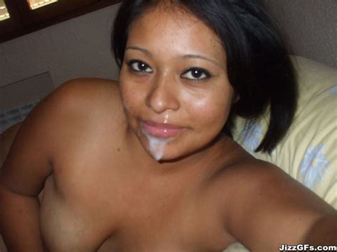 Chubby Latina GF gives blowjob for homemade facial - Pichunter