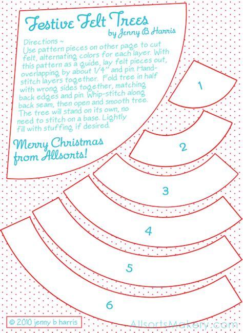 festive felt christmas trees free pattern and tutorial