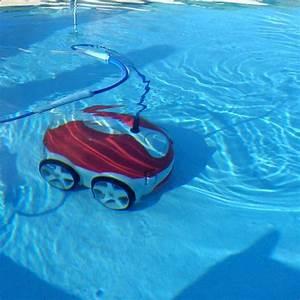 Nettoyage Piscine Hors Sol : robot de nettoyage pour piscines hors sol ~ Edinachiropracticcenter.com Idées de Décoration