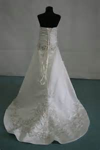 wedding dress finder childrens 39 wedding dresses