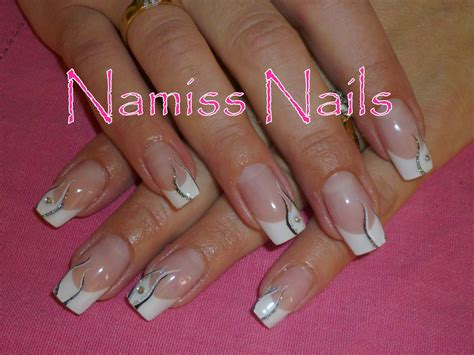 deco nail simple