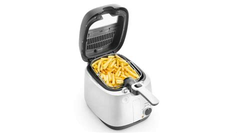 deep fryer delonghi fat fryers clean easy chips amazon batter crisp better expertreviews brothers