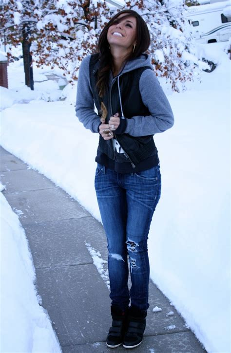 Cute hoodie outfits u2013 Women clothing stores
