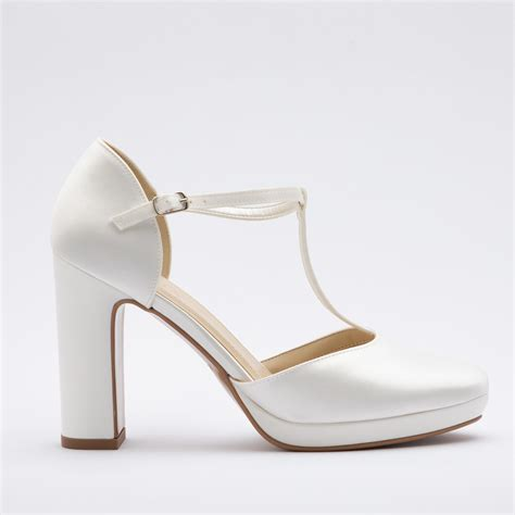 This item has 0 required items. Patrizia Cavalleri   Scarpe   Scarpa sposa tacco cm. 9,5