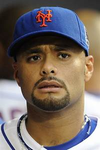 Mets Start Johan Santana In Milestone Game