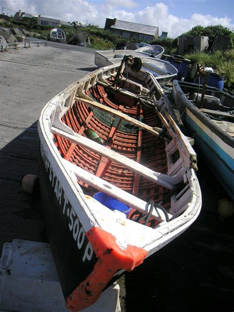 Curragh Boat by Curragh Skin Fishing Boats On The Dingle Peninsula
