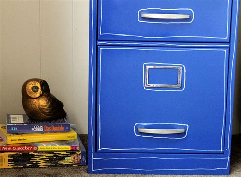 how to paint metal file cabinet paint a file cabinet blue 5 rev 187 dollar crafts