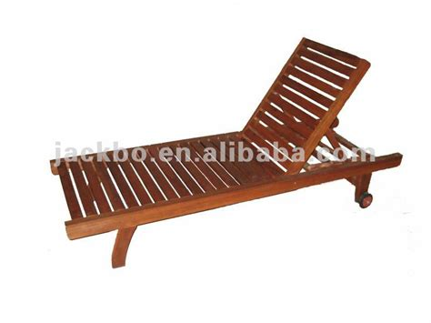 the most popular solid wood plastic lounge chair
