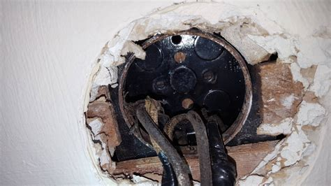Mount Ceiling Fan Old Junction Box Home Improvement