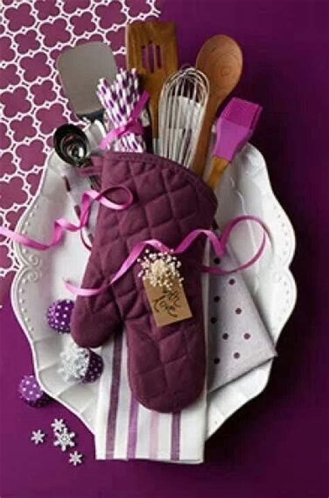 gift ideas 10 gorgeous diy gift basket ideas Kitchen