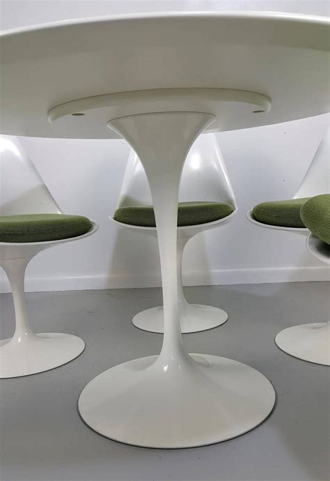 eero saarinen tulip table and chairs by knoll newer