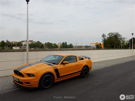 2016 Ford Mustang Boss 302 Price Performance