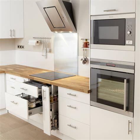 meubles cuisine blanc meuble de cuisine blanc delinia leroy merlin