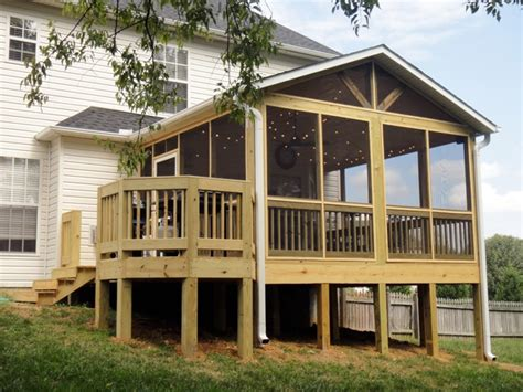 Knoxville Screen Room with Deck | Tennessee Deck Builders