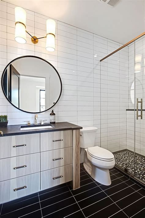 bathroom with 4x16 white subway tile in a horizontal stack