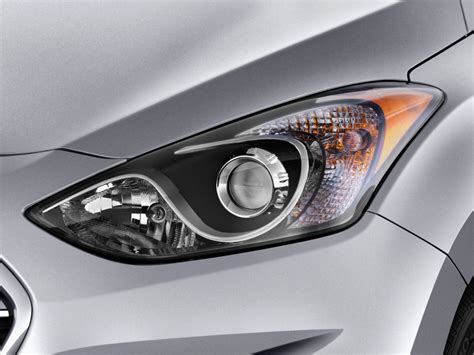 image 2017 hyundai elantra gt 5dr hb headlight size