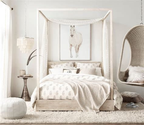 Beautiful Bedroom Table Ls by 10 All White Bedrooms For 2018 Master Bedroom Ideas