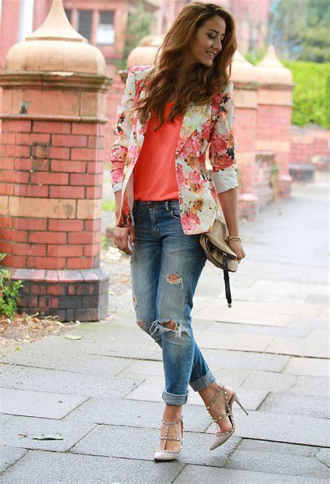 Floral Blazer Outfits for Womenu0026#39;s Wardrobe - Pretty Designs