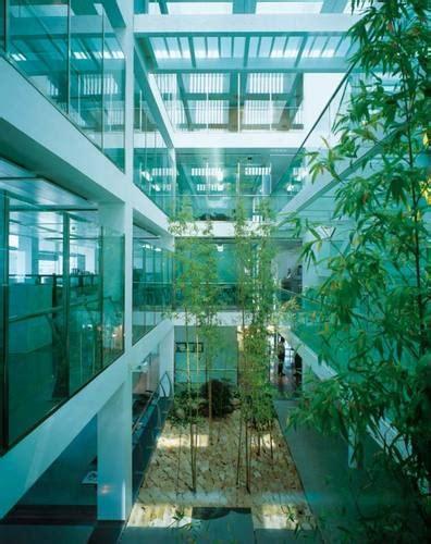 Mario Cucinella Architects Srl — Iguzzini Illuminazione