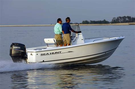 Seahunt Boats by Research 2009 Sea Hunt Boats Triton 177 On Iboats