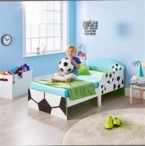 But Foot Enfant : d coration et meuble football pour chambre d 39 enfant am nager et meubler chambre enfant sur le ~ Teatrodelosmanantiales.com Idées de Décoration