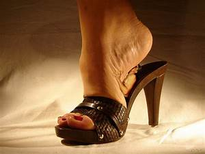 Collage crlvr evil feet giantess high_heels in_shoe nail_p ...