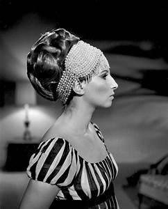 Hollywood Kostüme Ideen : on a clear day hair test barbra streisand ~ Frokenaadalensverden.com Haus und Dekorationen