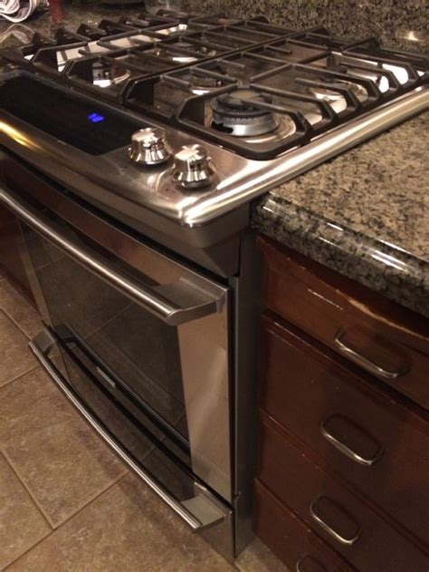ge gas cooktop slide in range dilemma with countertop advise