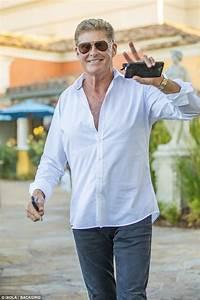 David Hasselhoff 2018 : david hasselhoff 39 s wife hayley roberts 39 says he threw phone in anger 39 daily mail online ~ Medecine-chirurgie-esthetiques.com Avis de Voitures