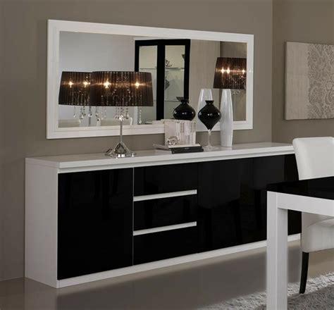 aménagement cuisine salle à manger 40 idées pour votre intérieur avec le bahut noir laqué archzine fr