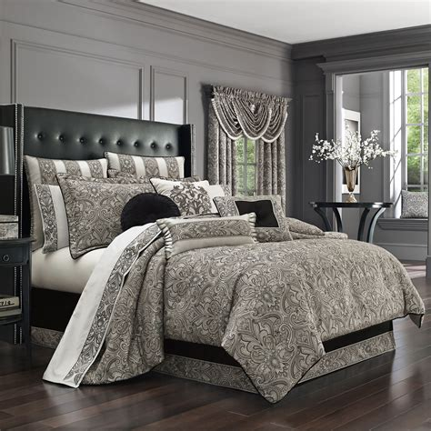 chancellor king  piece comforter set