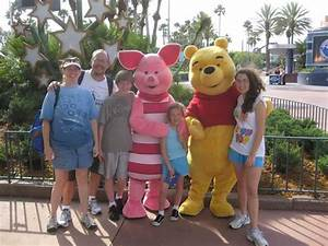 Piglet & Pooh 2011 - KennythePirate.com