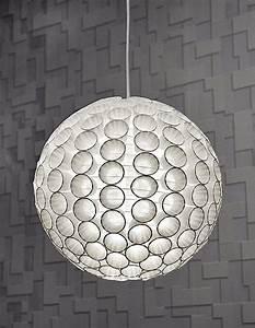 Basteln Mit Plastikbecher : lampe aus plastikbechern ~ Orissabook.com Haus und Dekorationen