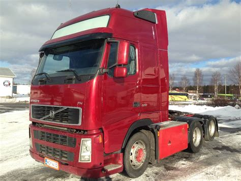 volvo fh  tractor units year  price