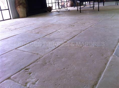r 233 plica vieille bourgogne espaces pierres marbres