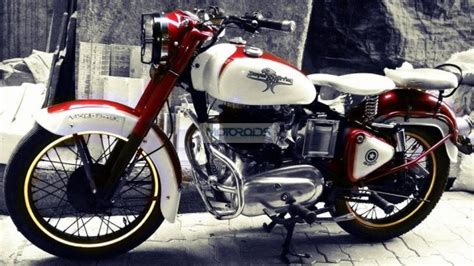 a lightly modified royal enfield bullet motorcycle motoroids