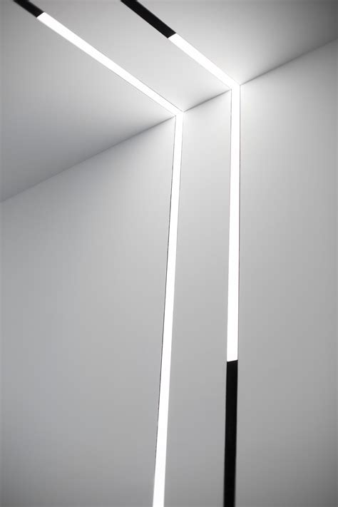 running magnet 2 0 track lighting systems flos architectural