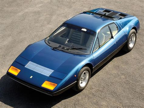 There were two important novelties on this car: Ferrari 365 GT4 BB - Car pictures - Carsmind