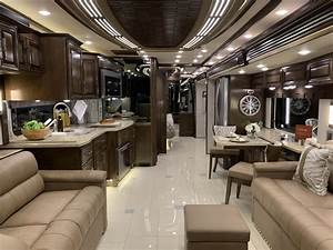 2020 Newmar London Aire