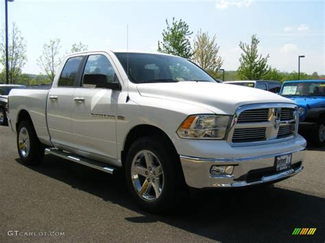2011 Bright White Dodge Ram 1500 Big Horn Quad Cab 4x4