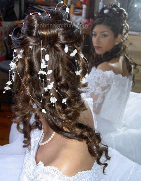 Coiffure de mariage cheveux longs