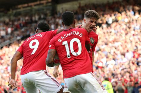 Manchester United injury boost as winger set to return