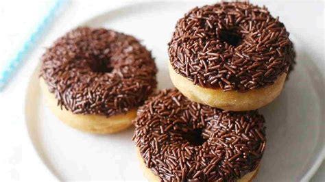Tidak terlalu sulit kok membuatnya. Cara Membuat Olesan Donat / Donuts Toping Coklat Kacang Tanpa Mixer By Umi Iqbal - Resep cara ...
