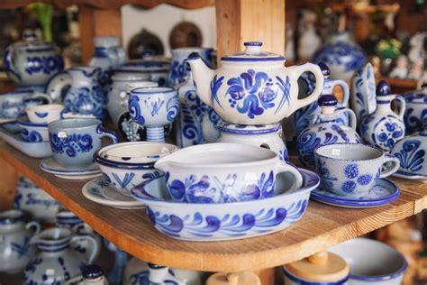 Die Blauen Gartenzwerge by Portr 228 T Ro 223 Mann Die H 252 Terin Des Bembelschatzes