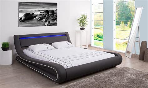 chambre adulte pas cher design beau meuble design pas cher 2 lit adulte avec leds sky