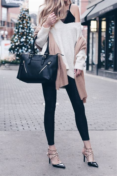 Holiday Outfits with Leggings - How To look Stylish in Your Food Pants