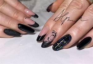 Nägel Schwarz Gold : nailart schwarz modern nageldesign n gel matt n gel schwarz mit glitzer n gel pinterest ~ Frokenaadalensverden.com Haus und Dekorationen